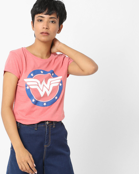 Wonder Woman Print Crew-Neck T-shirt By Free Authority ( Pink )