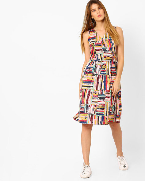 Printed Dress With Overlapping Neckline By AJIO ( Pink )