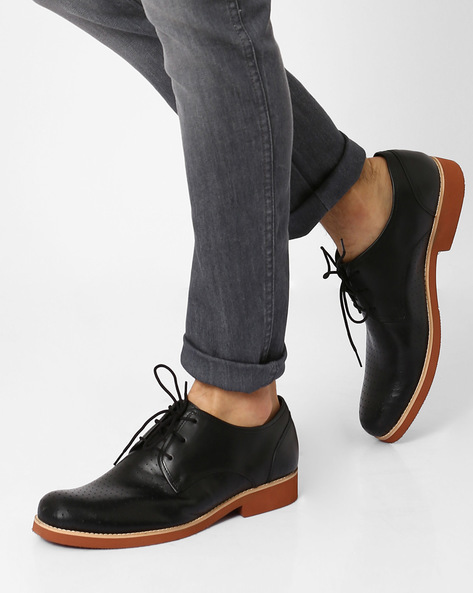 Perforated Leather N9-Treated Derby Shoes By AJIO ( Black )