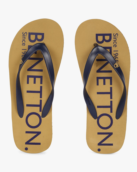 Thong-Style Flip-Flops By UNITED COLORS OF BENETTON ( Khaki )