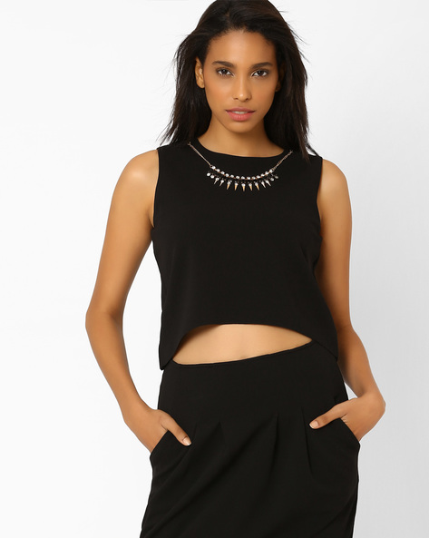 Neck Trim Crop Top By AJIO ( Black )