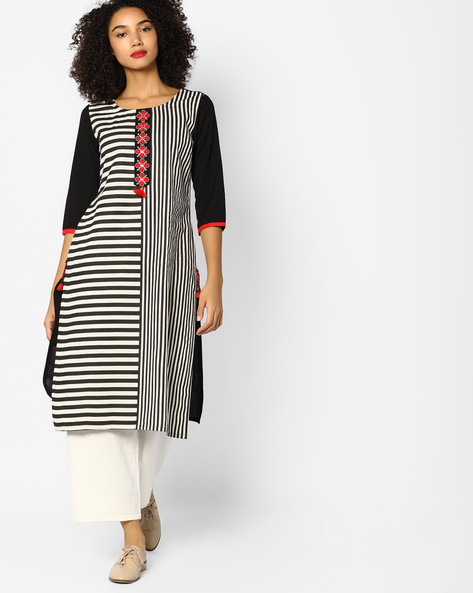 Striped Straight Kurta With Embroidery By Rangmanch By Pantaloons ( White )