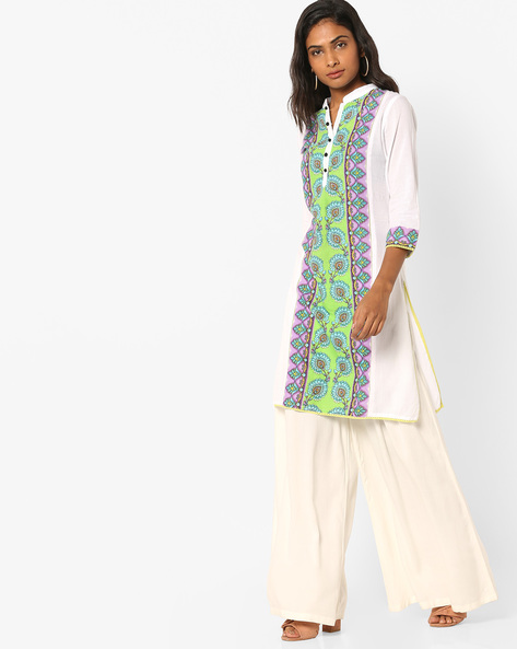Self-Striped Kurta With Floral Print By Rain & Rainbow ( White )