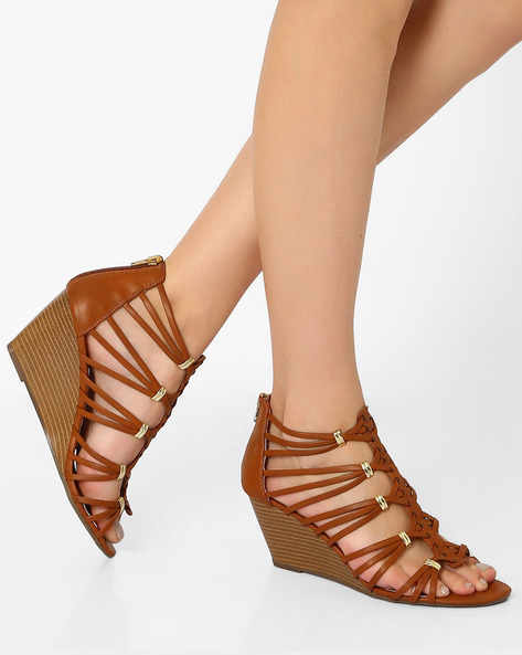 Strappy Wedges With Metallic Accents By STEVE MADDEN ( 580 )