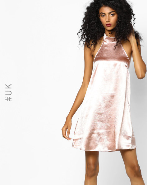 Backless Shift Dress With Halter Neckline By Rare London ( Pink )