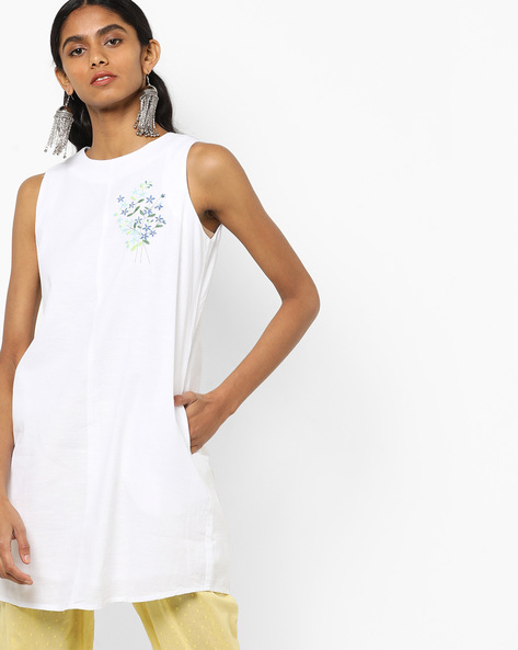 Sleeveless A-line Dress With Floral Embroidery By AJIO ( White )