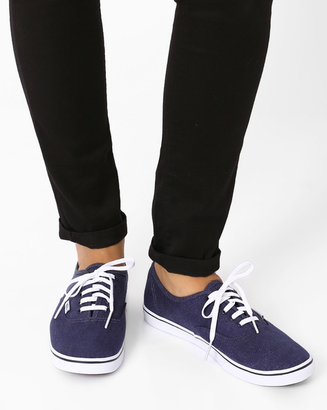 Washed Canvas Authentic Lo Pro Casual Shoes By Vans ( Multi )