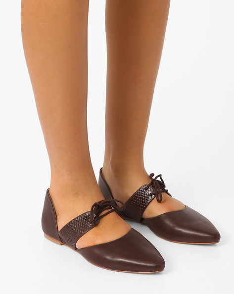 Geniune Leather Cut-Out Flat Shoes By Inara ( Brown )