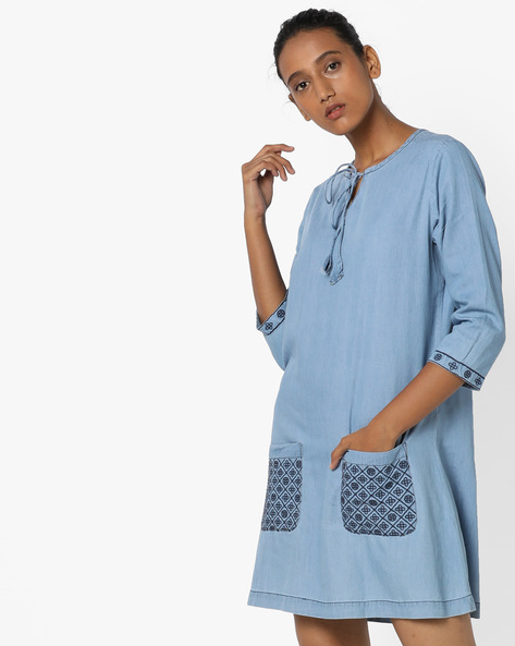 Denim Tunic With Embroidered Patch Pockets By AJIO ( Lightblue )