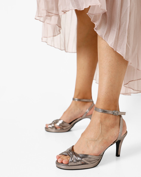 Peep-Toe Stilettoes With Criss-Cross Straps By AJIO ( Pewter )