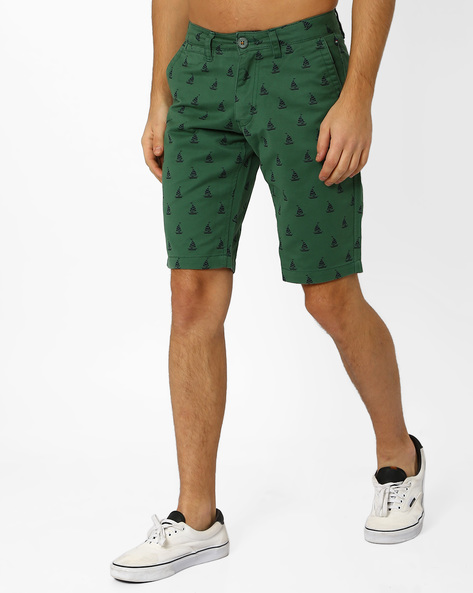 Printed Slim Fit Shorts By The Indian Garage Co ( Green )