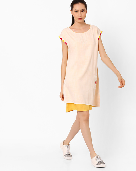 Colourblock Layered Tunic With Embroidery By AJIO ( Offwhite )