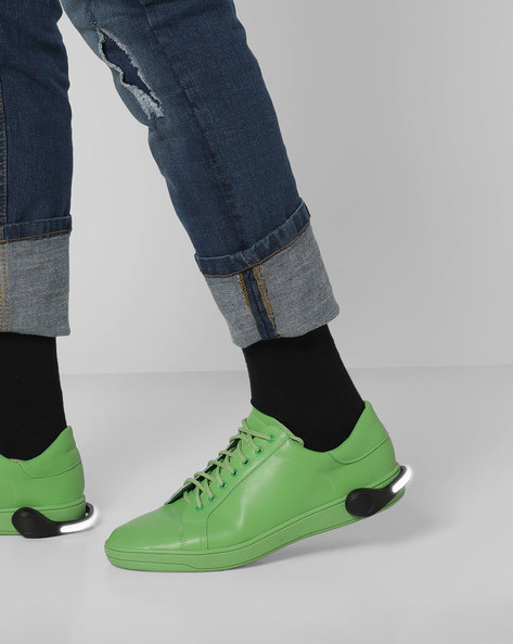 Lace-Up Sneakers With Detachable LED Bands By AJIO ( Green )