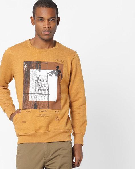 Graphic Print Crew-Neck Sweatshirt By Fort Collins ( Mustard )