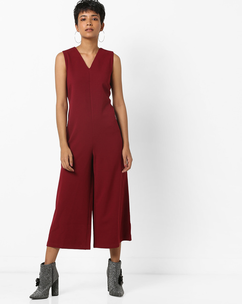 Calf-Length Sleeveless Jumpsuit By AJIO ( Maroon )