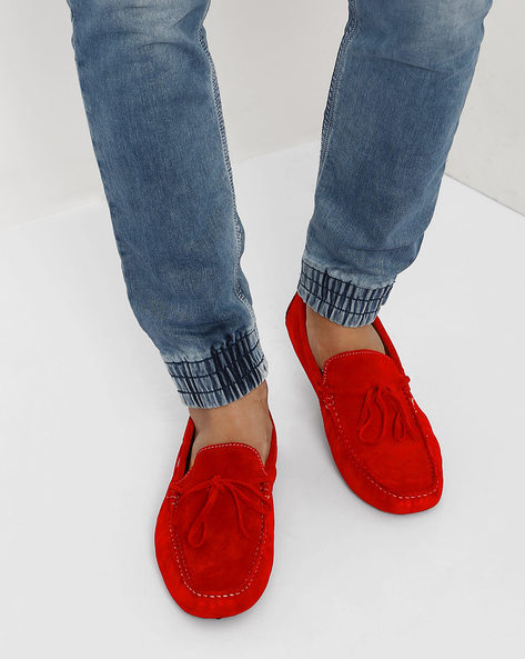 Cushioned N9-Treated Loafers By AJIO ( Red )