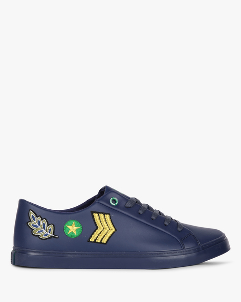 Low-Top Sneakers With Embroidered Patches By UNITED COLORS OF BENETTON ( Blue )