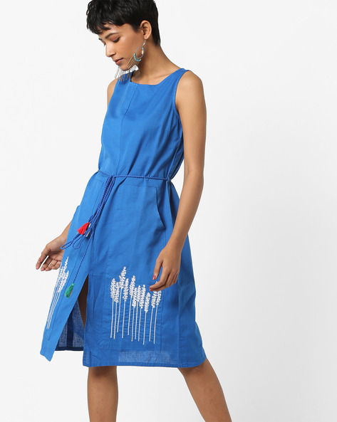 Sleeveless A-line Dress With Embroidered Pockets By AJIO ( Blue )