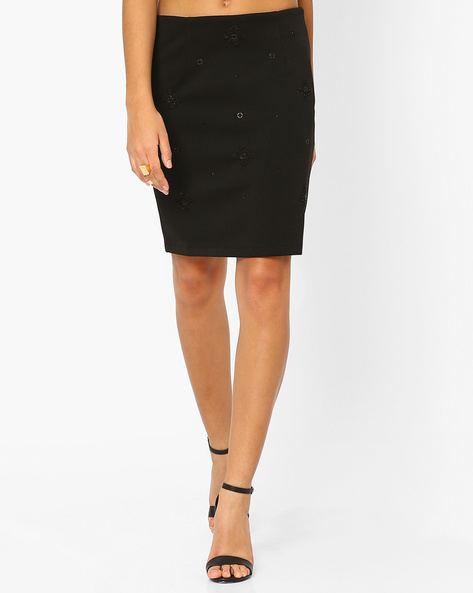 Pencil Skirt With Embellishments By AJIO ( Black )