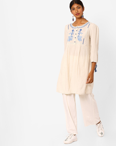 Tunic With Embroidered Detail By Global Desi ( Natural )