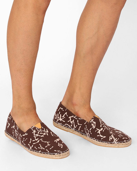 Printed Fabric Espadrilles By FAMOZI ( Brown )