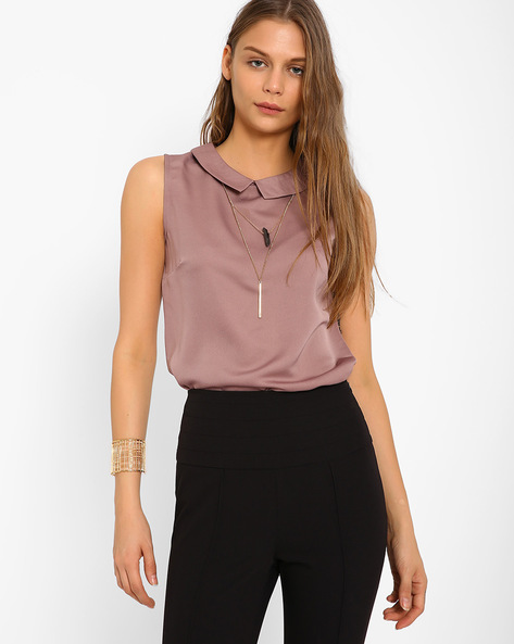 Sleeveless Top With Pointed Flat Collar By AJIO ( Mauve )