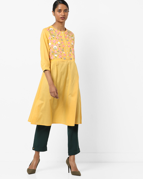 Flared Kurta With Floral Embroidery By AJIO ( Yellow )