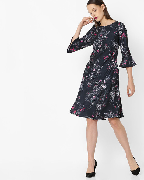 Floral Print Dress With Bell Sleeves By Project Eve WW Work ( Black )