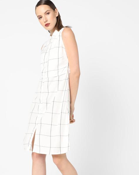 Checked Sleeveless Shirt Dress By AJIO ( White )