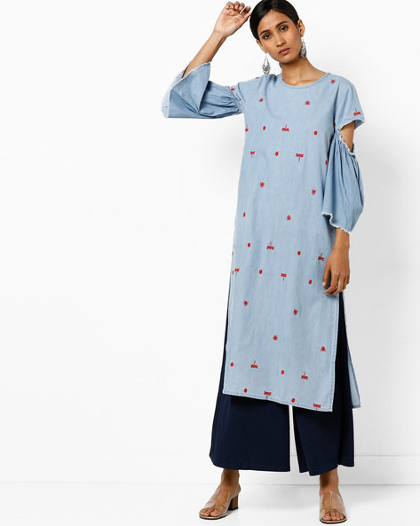 Embroidered Denim Kurta With Bell Sleeves By AJIO ( Ltblue )