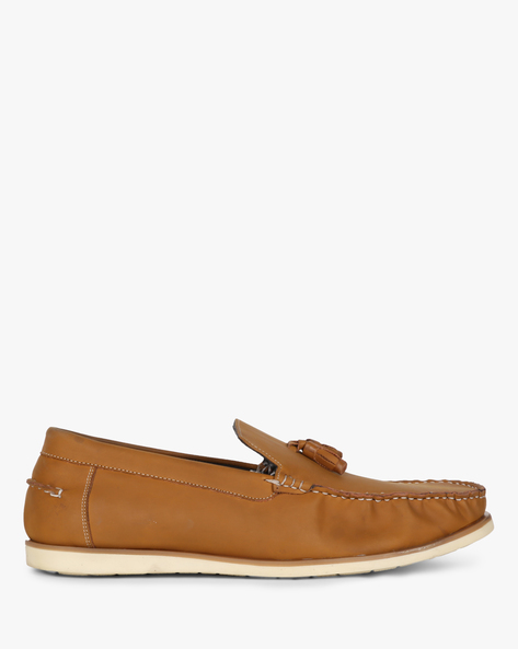 Tassel Loafers With Contrast Sole By SAN FRISSCO ( Tan )