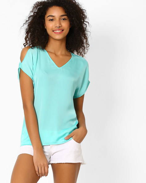 Crepe Top With Cold Shoulder Sleeves By AJIO ( Aqua )