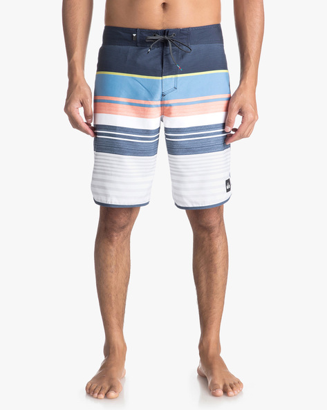 Colourblock Striped Shorts With Drawstring Waist By QUIKSILVER ( Kta6 )