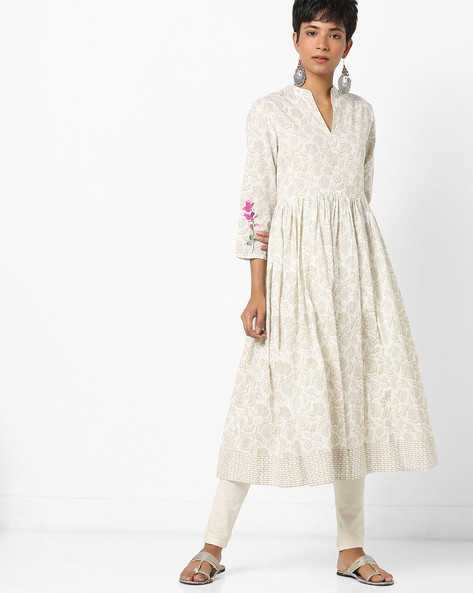 Floral Print Flared Kurta With Embroidered Sleeves By AJIO ( Offwhite )