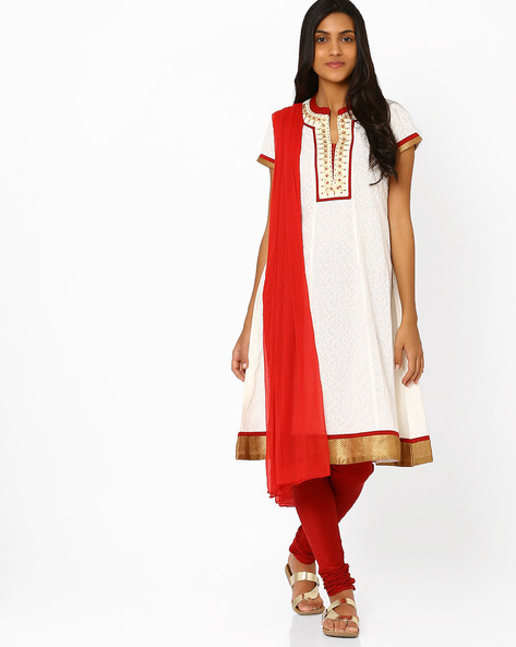 Embroidered Churidar Kurta With Dupatta By AVAASA SET ( Offwhite )