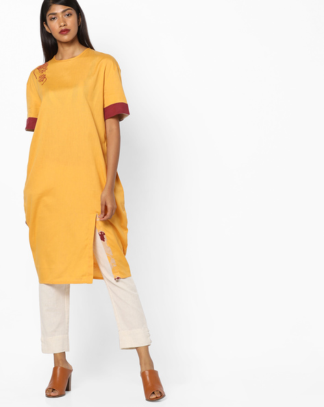 Kurta With Contrast Sleeve Hems By AJIO ( Mustard )