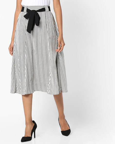 Striped Midi Skirt With Fabric Belt By Sassafras ( White )