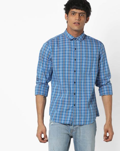 Checked Casual Shirt With Patch Pocket By AJIO ( Blue ) - 460153206002