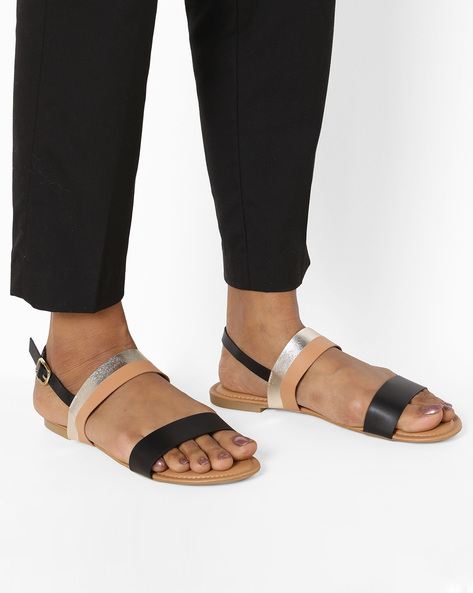 Flat Sandals With Buckle Closure By AJIO ( Black )