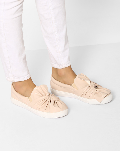 Slip-On Shoes With Bow Detail By MFT Couture ( Beige )
