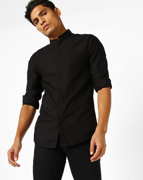 Textured Slim Fit Shirt By The Indian Garage Co ( Black )