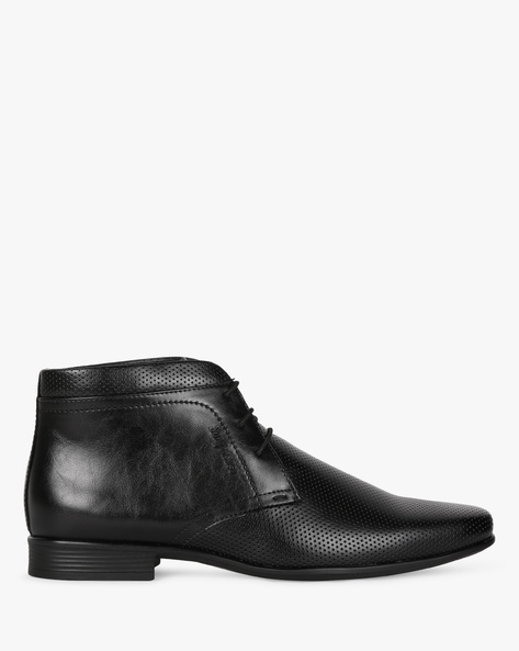 Textured Chukka Casual Boots By SAN FRISSCO ( Black )