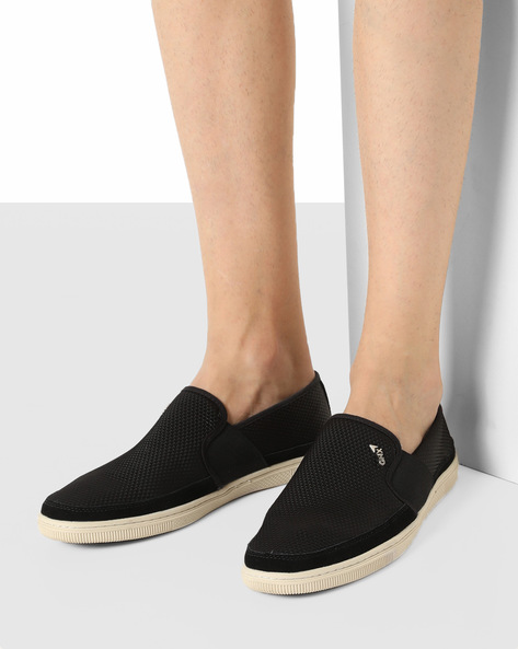 Slip-On Casual Shoes By GNX ( Black )