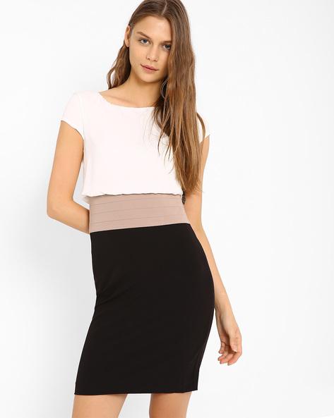 Colourblock Blouson Dress By AJIO ( Black )