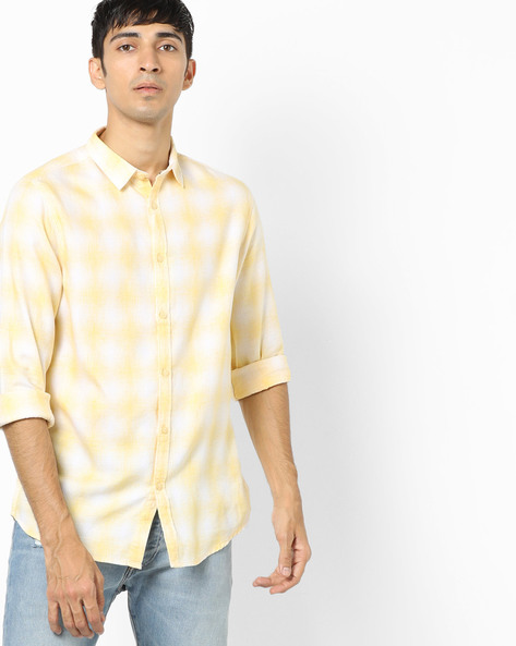 Checked Shirt With Spread Collar By AJIO ( Yellow )