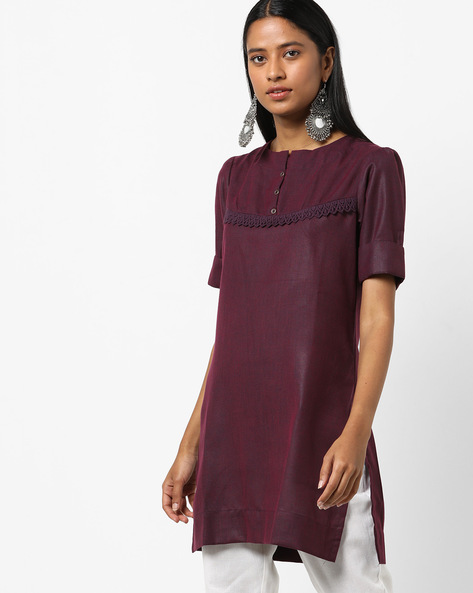 Straight Kurta With Crochet Lace By ARSHI ( Red )