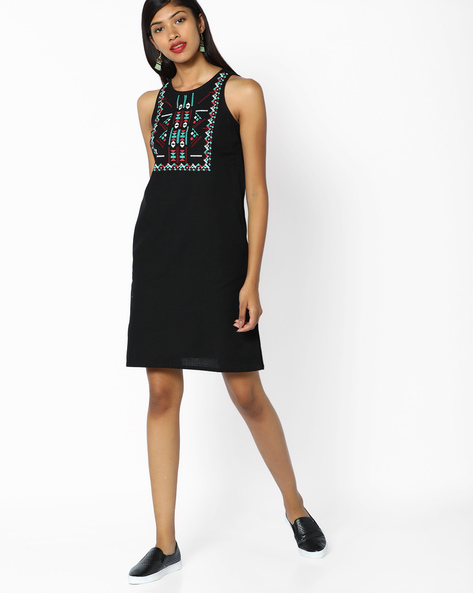 Sleeveless A-line Dress With Embroidery By AJIO ( Black )