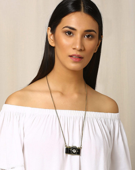 Metal Pendant With Chain By Indie Picks ( Black )