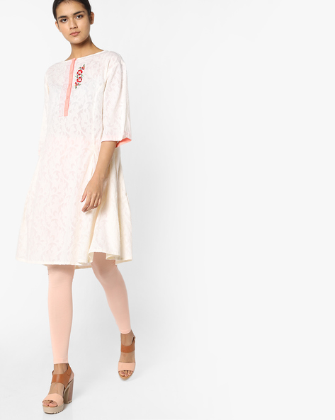 Flared Kurta With Floral Embroidery By AJIO ( Offwhite )