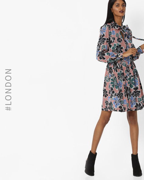 Floral Print Dress With Pussy Bow By Closet London ( Multi )